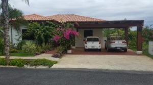 Casa En Venta En Pedasi, Pedasi, Panama, PA RAH: 17-2564