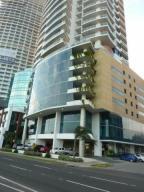 Apartamento En Alquiler En Panama, Avenida Balboa, Panama, PA RAH: 17-2570