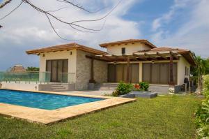 Casa En Venta En Pedasi, Pedasi, Panama, PA RAH: 17-2580