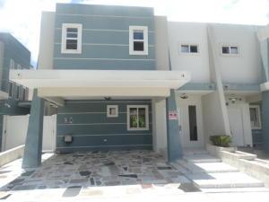 Casa En Alquiler En Panama, Brisas Del Golf, Panama, PA RAH: 17-2899