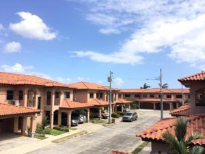 Casa En Venta En Panama, Versalles, Panama, PA RAH: 17-3013