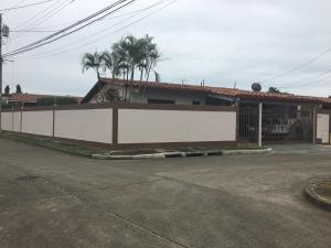Casa En Alquiler En Panama, Chanis, Panama, PA RAH: 17-2931