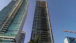 Apartamento En Venta En Panama, Costa Del Este, Panama, PA RAH: 17-3054