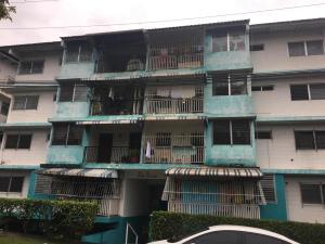 Apartamento En Venta En Panama, 12 De Octubre, Panama, PA RAH: 17-3079