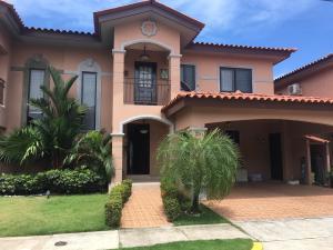 Casa En Alquiler En Panama, Versalles, Panama, PA RAH: 17-3085