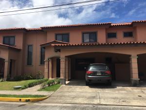 Casa En Alquiler En Panama, Versalles, Panama, PA RAH: 17-3140