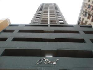 Apartamento En Alquiler En Panama, 12 De Octubre, Panama, PA RAH: 17-3163