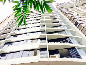 Apartamento En Ventaen Panama, Paitilla, Panama, PA RAH: 17-3184