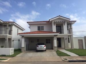 Casa En Venta En Panama, Versalles, Panama, PA RAH: 17-3249