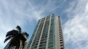 Apartamento En Alquiler En Panama, San Francisco, Panama, PA RAH: 17-3300