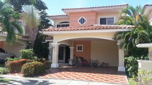 Casa En Venta En Panama, Costa Sur, Panama, PA RAH: 17-3383