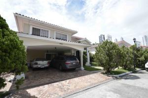 Casa En Venta En Panama, Costa Del Este, Panama, PA RAH: 17-3408