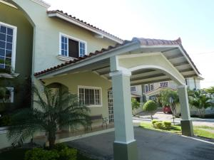 Casa En Ventaen San Miguelito, Villa Lucre, Panama, PA RAH: 17-3436