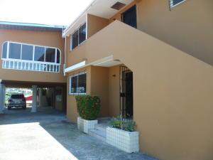 Apartamento En Alquiler En Panama, 12 De Octubre, Panama, PA RAH: 17-3508