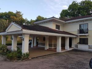Casa En Alquiler En Panama, El Dorado, Panama, PA RAH: 17-3585
