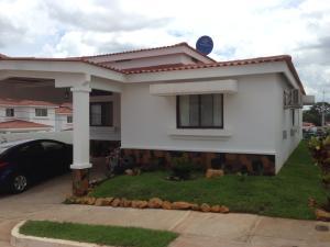 Casa En Venta En Arraijan, Vista Alegre, Panama, PA RAH: 17-3595