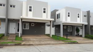 Casa En Venta En Panama, Brisas Del Golf, Panama, PA RAH: 17-3620