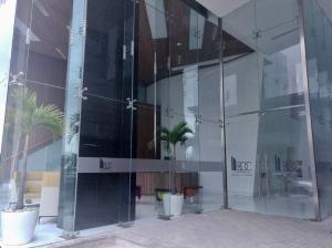 Oficina En Alquiler En Panama, Avenida Balboa, Panama, PA RAH: 17-3625