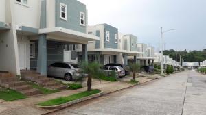 Casa En Alquiler En Panama, Brisas Del Golf, Panama, PA RAH: 17-3627
