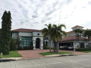 Casa En Venta En Panama, Costa Del Este, Panama, PA RAH: 17-3643