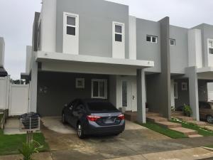 Casa En Alquiler En Panama, Brisas Del Golf, Panama, PA RAH: 17-3658