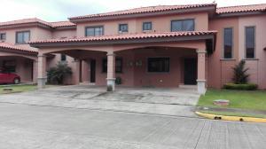 Casa En Alquiler En Panama, Versalles, Panama, PA RAH: 17-3685