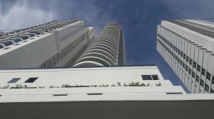 Apartamento En Alquiler En Panama, San Francisco, Panama, PA RAH: 17-3752