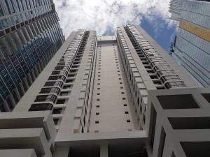 Apartamento En Alquiler En Panama, Avenida Balboa, Panama, PA RAH: 17-3832