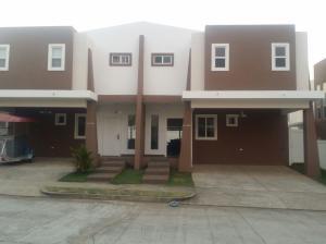 Casa En Alquiler En Panama, Brisas Del Golf, Panama, PA RAH: 17-3843