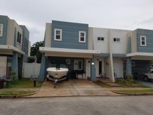 Casa En Ventaen Panama, Brisas Del Golf, Panama, PA RAH: 17-3876