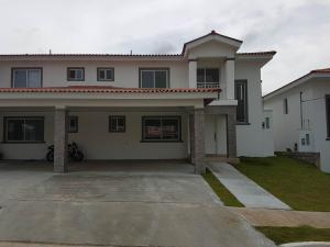 Casa En Venta En La Chorrera, Chorrera, Panama, PA RAH: 17-3916