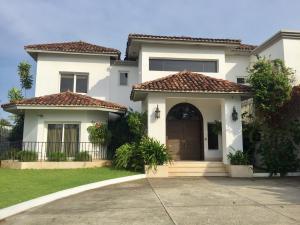 Casa En Venta En Panama, Costa Del Este, Panama, PA RAH: 17-3951