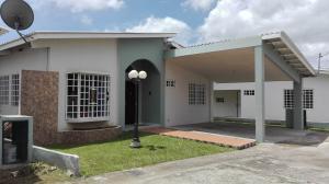 Casa En Venta En La Chorrera, Chorrera, Panama, PA RAH: 17-3966