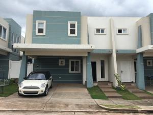 Casa En Alquiler En Panama, Brisas Del Golf, Panama, PA RAH: 17-3969