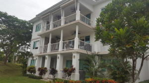 Apartamento En Venta En Rio Hato, Playa Blanca, Panama, PA RAH: 17-4005