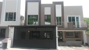 Casa En Venta En Panama, Altos De Panama, Panama, PA RAH: 17-4074