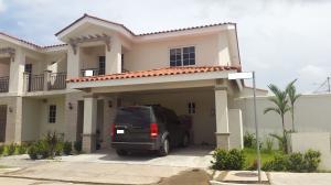 Casa En Alquiler En Panama, Versalles, Panama, PA RAH: 17-4073
