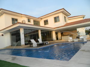 Casa En Alquiler En Panama, Santa Maria, Panama, PA RAH: 17-4125