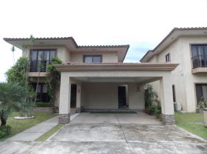 Casa En Alquiler En Panama, Clayton, Panama, PA RAH: 17-4148