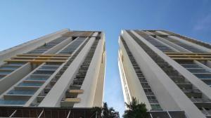Apartamento En Alquiler En Panama, San Francisco, Panama, PA RAH: 17-4188