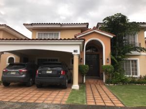 Casa En Alquiler En Panama, Costa Del Este, Panama, PA RAH: 17-4223