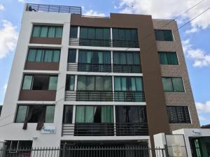 Apartamento En Alquiler En Panama, San Francisco, Panama, PA RAH: 17-4323