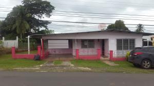 Casa En Venta En La Chorrera, Chorrera, Panama, PA RAH: 17-4404