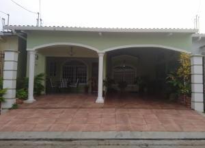 Casa En Venta En San Miguelito, Villa Lucre, Panama, PA RAH: 17-4451