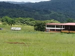 Terreno En Ventaen Pacora, Cerro Azul, Panama, PA RAH: 17-4456