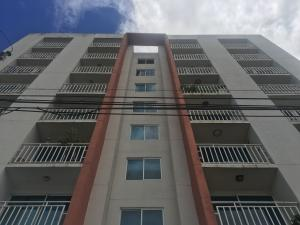 Apartamento En Venta En Panama, Rio Abajo, Panama, PA RAH: 17-4477