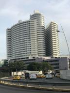 Local Comercial En Alquiler En Panama, Calidonia, Panama, PA RAH: 17-4508