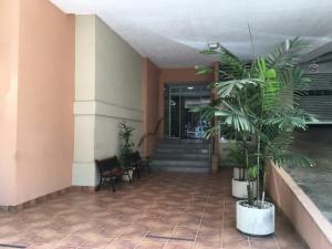 Apartamento En Alquileren Panama, El Cangrejo, Panama, PA RAH: 17-4614