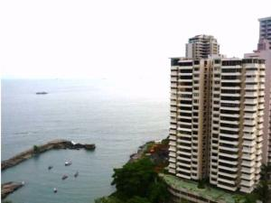 Apartamento En Venta En Panama, Paitilla, Panama, PA RAH: 17-4008