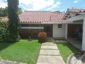 Casa En Alquiler En Chame, Coronado, Panama, PA RAH: 17-4858